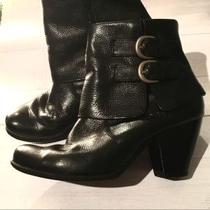 Born Concept boc ankle boots black heel buckle 7.5